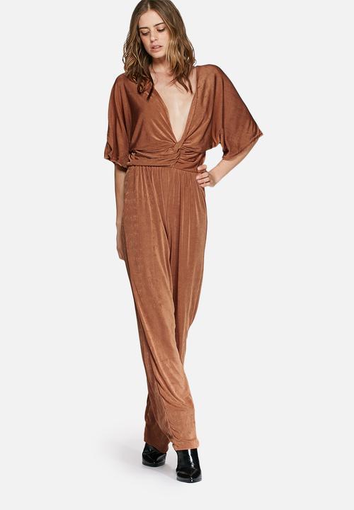 282da34f78 Slinky kimono sleeve knot front jumpsuit - tan Missguided Jumpsuits ...