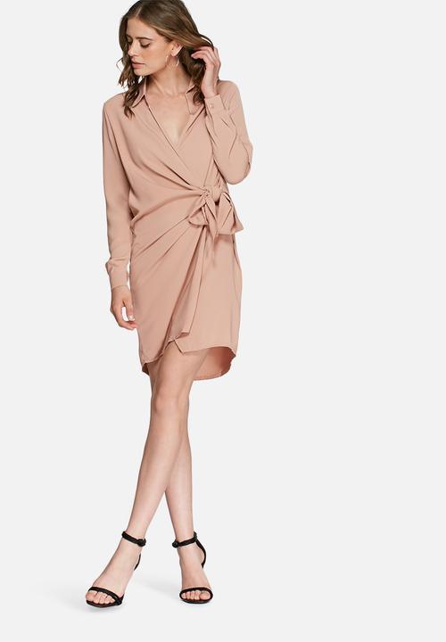 Crepe wrap shirt dress - nude Missguided Formal | Superbalist.com