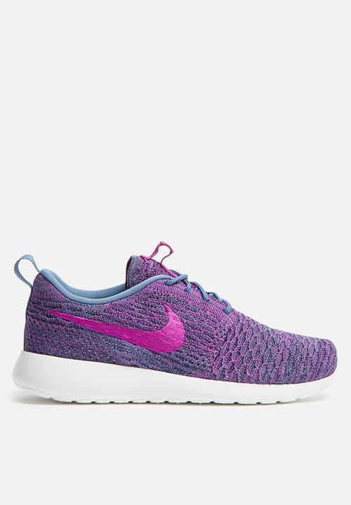 official photos d13a7 d1504 Nike - Roshe One Flyknit