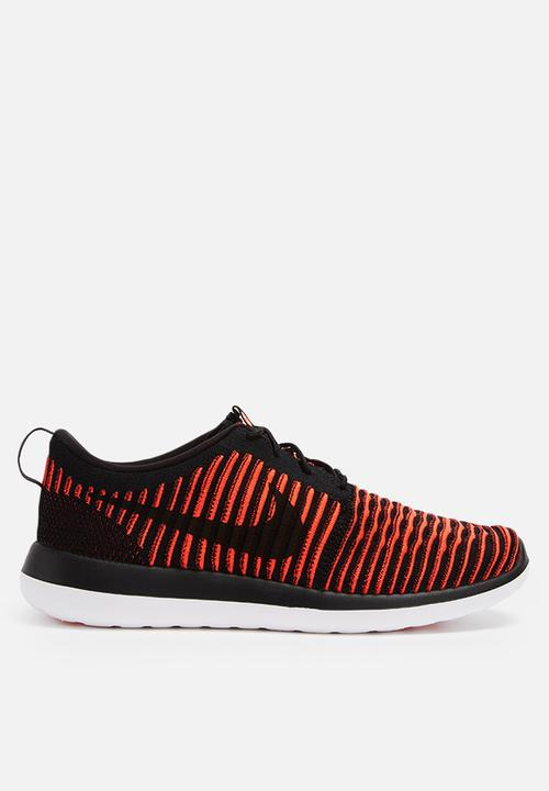a9836ccda298 Nike Roshe Two Flyknit - 844833-006 - Black   Black   Bright Crimson ...