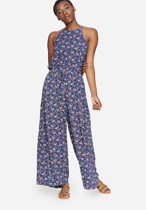 f66eacba06fe High neck print jumpsuit - floral print dailyfriday Jumpsuits ...