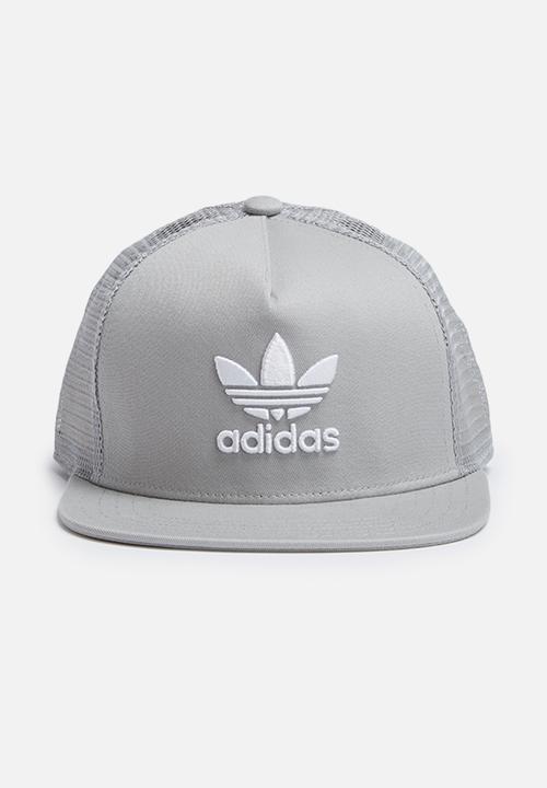 41f90a81 Trefoil trucker - mgh solid grey adidas Originals Headwear ...