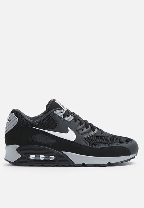 on sale 7b5eb fb802 Nike - Air Max 90 Essential