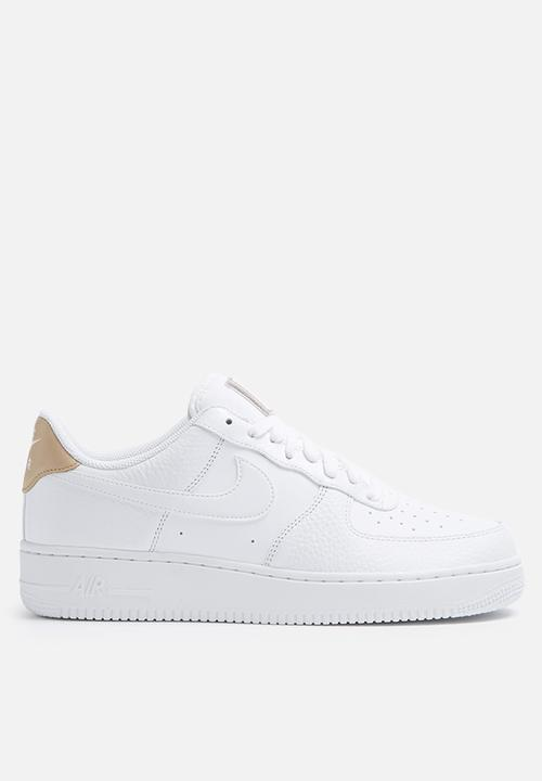 a3fd7335e5b Nike AF1  07 LV8 - 718152-108 - White   Gum Light Brown   Vachetta ...