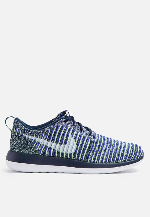 dc824adbe0343f Nike W Roshe Two Flyknit - 844929-401 - College Navy   White ...