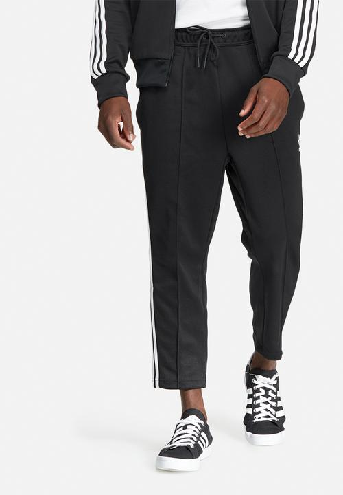 f3fe2e5b79b2 SST relax crop track pant - black adidas Originals Sweatpants ...