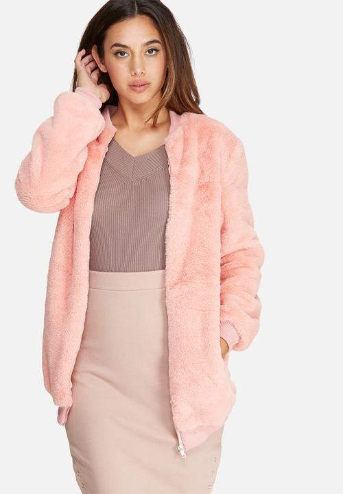 d1a4acf8fda2 Longline faux fur bomber jacket - pink Missguided Jackets ...