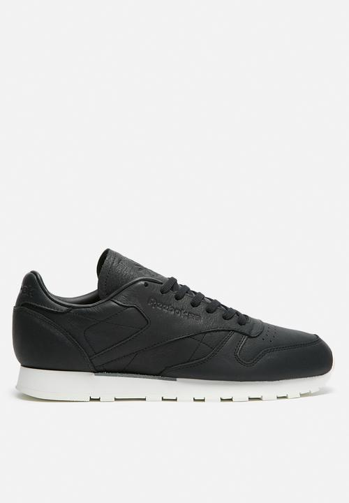 Reebok Club Classic Leather OMW Old Meets New BD1906 BlackClassic White Reebok Sneakers |