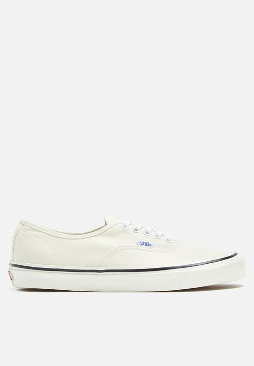 01025e96518a00 Vans Authentic 44 DX Anaheim Factory - Classic White Vans Sneakers ...