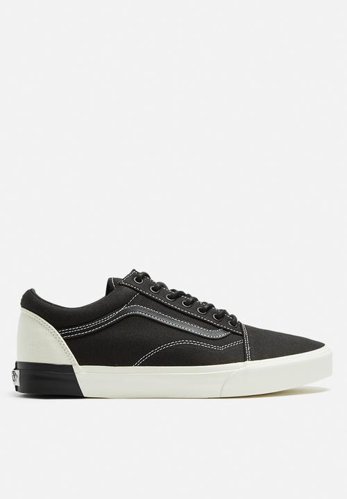 91ba09ab1be8 Vans Old Skool DX Blocked - White   Black Vans Sneakers ...