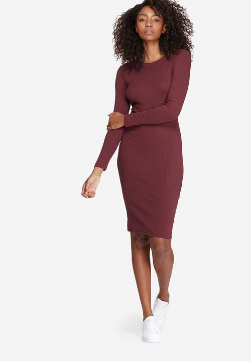 757d8ebe7a75 Long sleeve ribbed midi dress - burgundy Missguided Casual ...