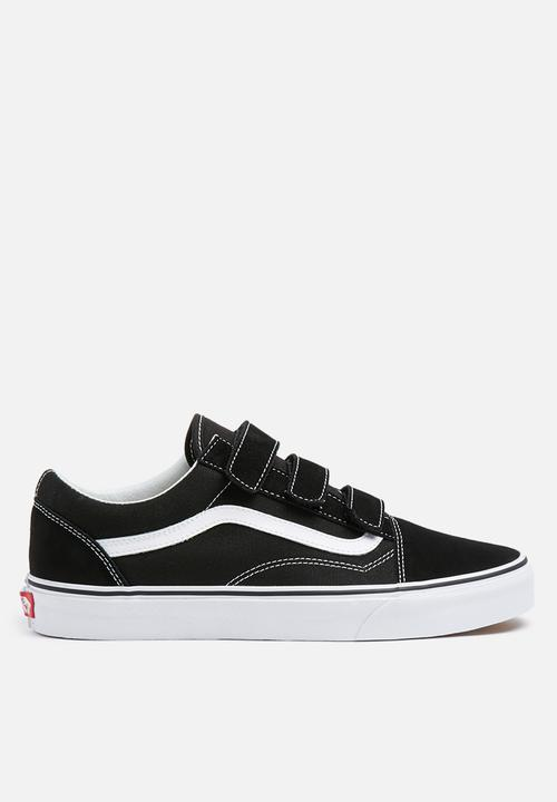 218e45d4a82 Vans Old Skool V Suede Strap - Black   True White Vans Sneakers ...