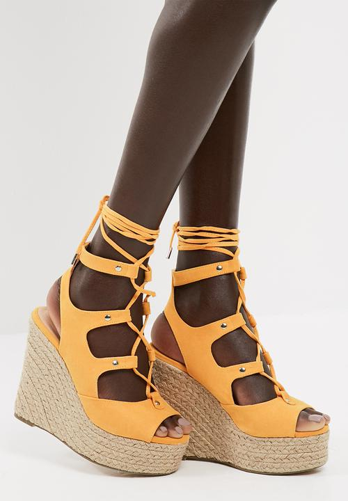 3cbd9fc5015 Sarina wedge sandal - artisan gold Vero Moda Heels