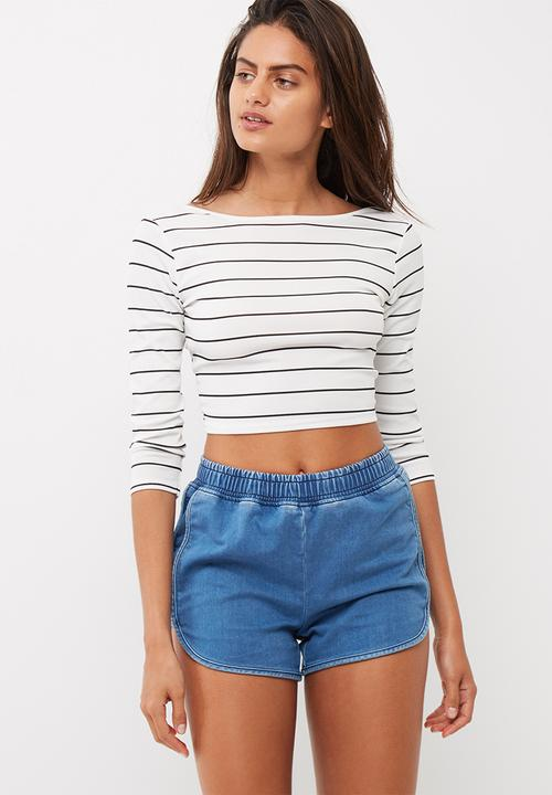 3b15489ee8282 Missguided - Ribbed jersey striped long sleeve scoop back crop top