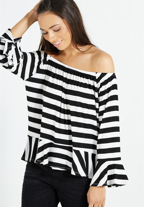 0e27c2a4050f2 Pegi off the shoulder top - coco stripe black   white Cotton On ...