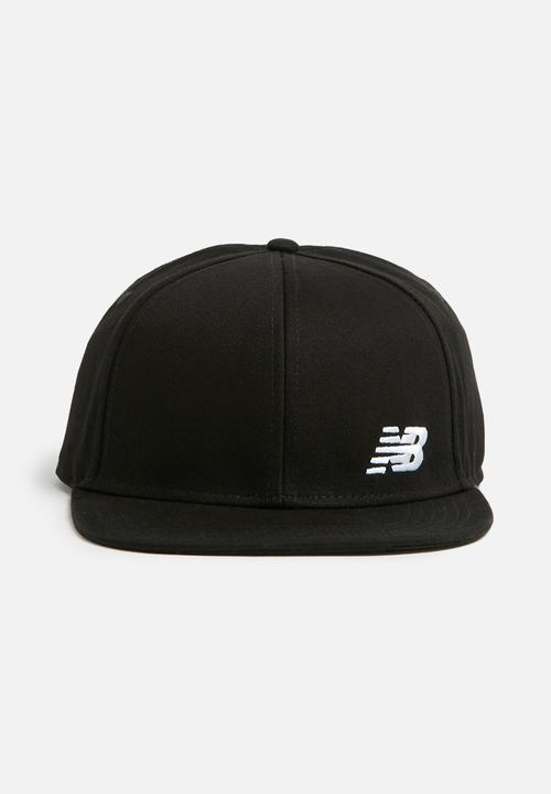 New Balance - NB Logo snapback - black New Balance Headwear ... 9cb9dd1c8ba