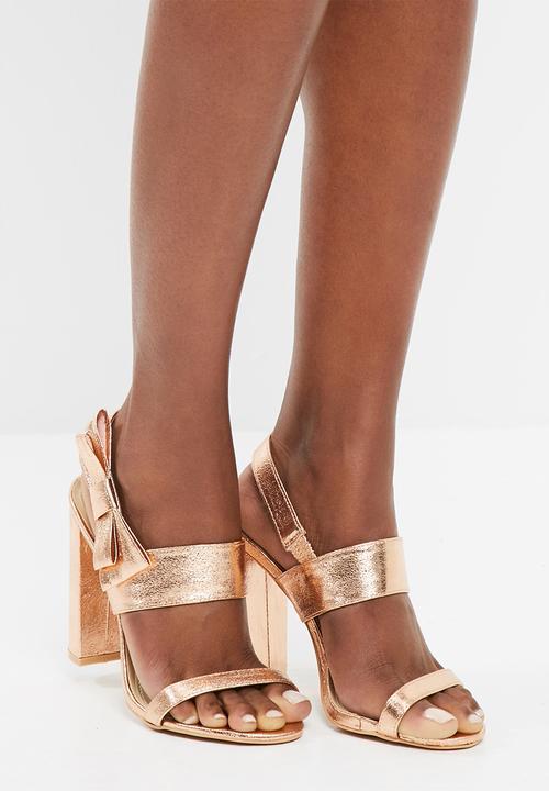 ee771de66c Side bow block heeled sandals - rose gold Missguided Heels ...