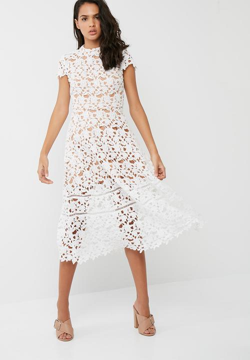 Short sleeve lace midi skater dress - white Missguided Occasion ... 04014433f