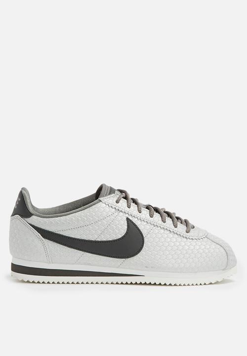 brand new feb26 ca0bd Nike - Classic Cortez SE