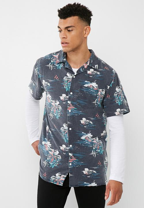 b5428152 91 short sleeve shirt- Navy haze Cotton On Shirts | Superbalist.com
