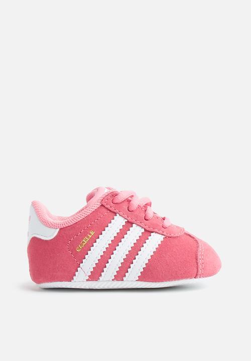 49d4ee050697 Infants gazelle crib - chalk pink white white adidas Originals Shoes ...