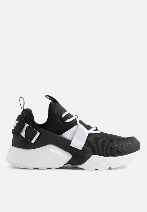41b5f94ab115 Women s Nike Air Huarache City Low Shoe - blk white Nike Sneakers ...