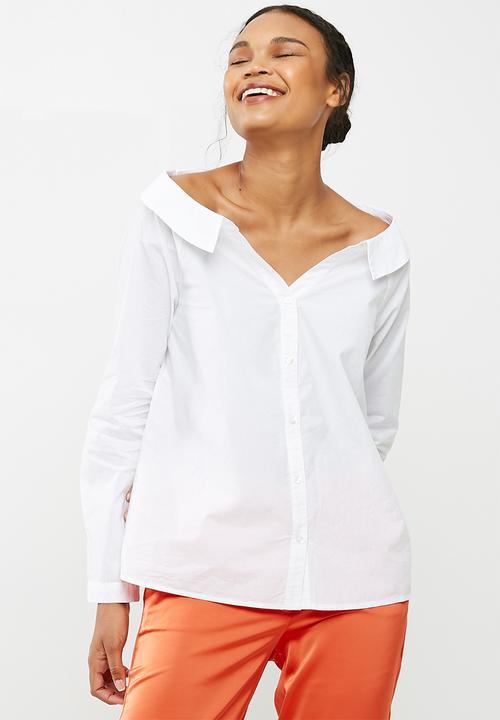 f14c5edb596ee Tanna off shoulder shirt - Bright white Vero Moda Shirts ...