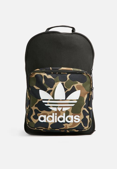 fd87187b46db5 Classic backpack camo - multicolor adidas Originals Bags   Wallets ...