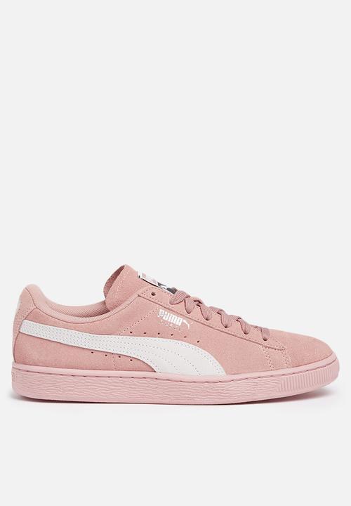 Suede Classic Wn s - Peach Beige-Puma White PUMA Sneakers ... 19954eac3