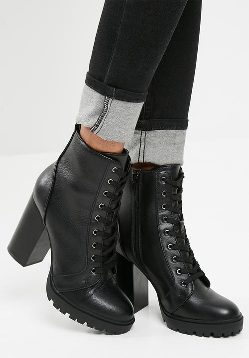 bc15af23f Laurie - Black Leather Steve Madden Boots | Superbalist.com