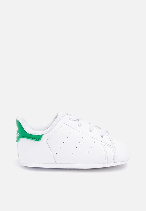 db9a67f72 Infants Stan Smith crib - white green adidas Originals Shoes ...