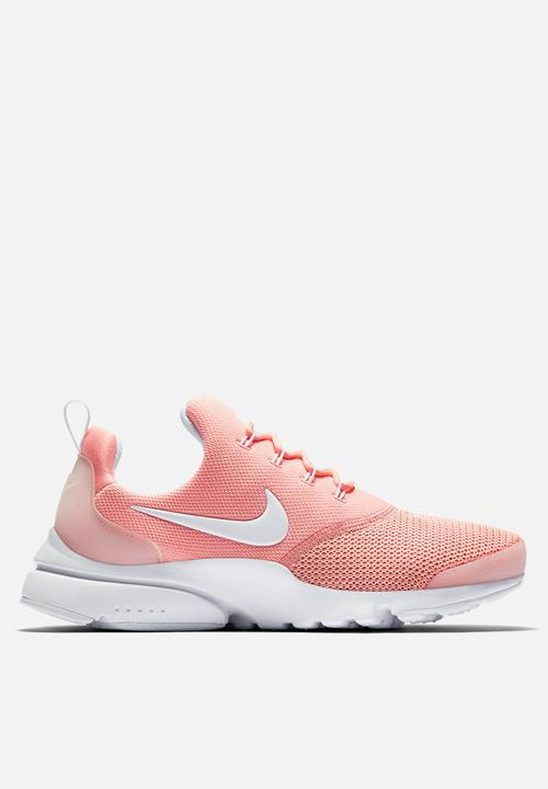 49d949a926c371 Nike W Presto Fly - 910569-605 - Coral Stardust   White Nike ...