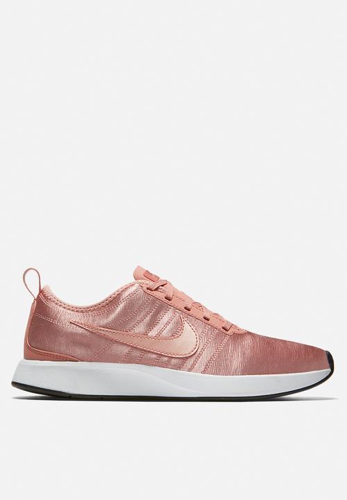 e3eec87dde75 Women s Nike Dualtone Racer SE - pink Nike Women