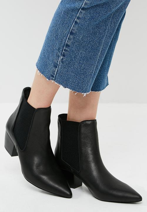 f9b8213d63cb71 Ella boot - Black Sol Sana Boots