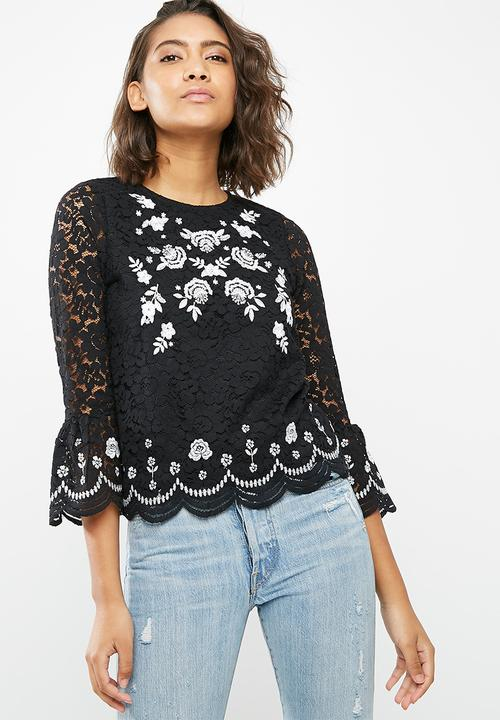 6afdd9fb83 Mono embroidered lace top - Black New Look Blouses