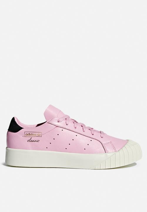 43e52aea793fa Everyn W - Wonder Pink F10 Wonder PIink F10 Core Black adidas ...