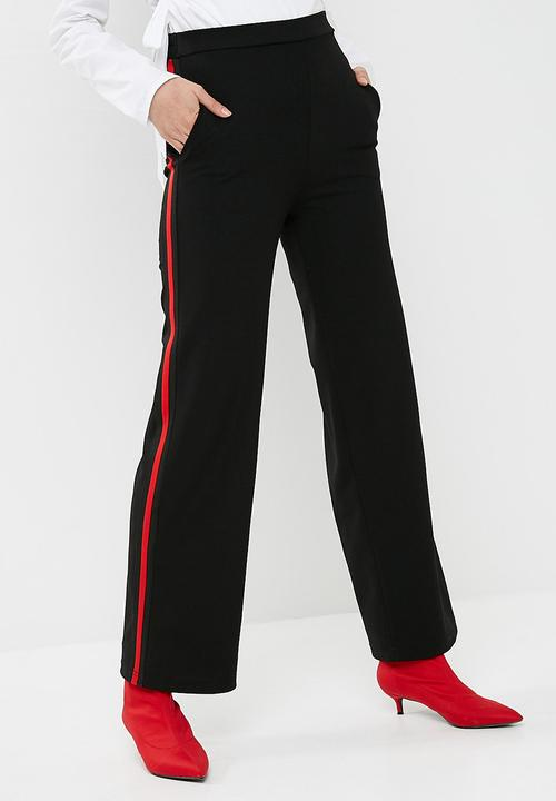 5166a2444bf0 Wide leg knit pant - black with red stripe dailyfriday Trousers ...