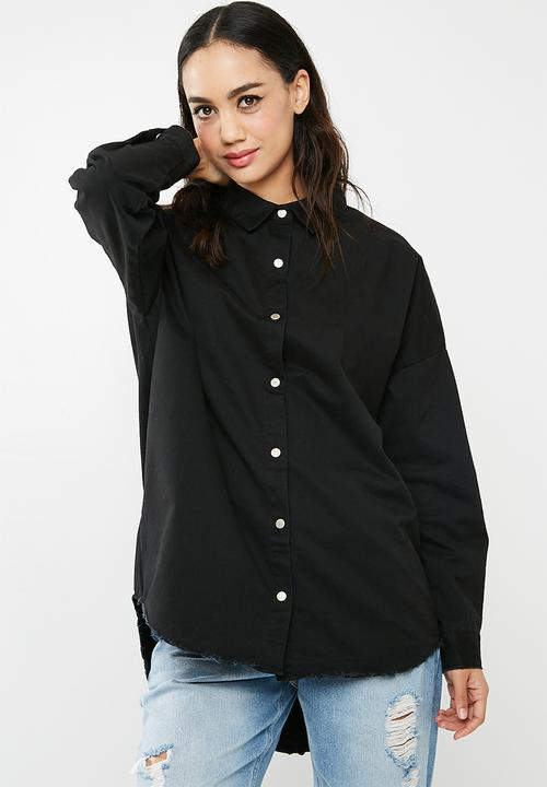 d6ae21deafb Oversized washed denim shirt- Black Missguided Shirts