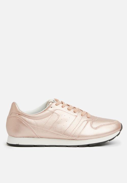 c2b6ef9f1 Silli Metallic Sneaker - Rose Gold ONLY Pumps   Flats