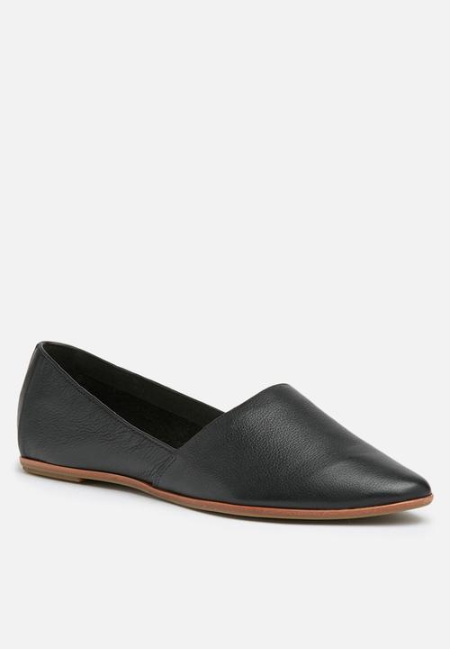 Blanchette leather pump - black ALDO