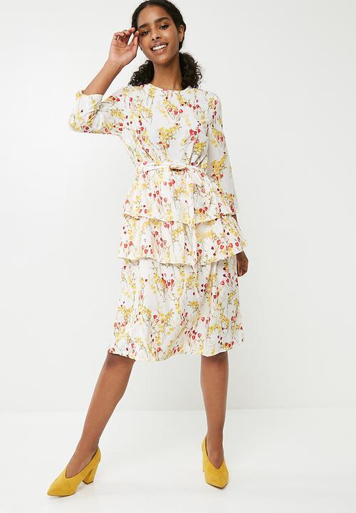 d52cbbbd Breathe floral print ruffle 3/4 sleeve waist tie dress - multi Vero ...