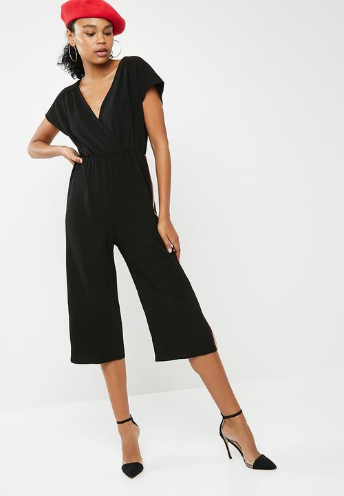 874394ac8b93 Wrap side stripe jumpsuit - Black New Look Jumpsuits   Playsuits ...