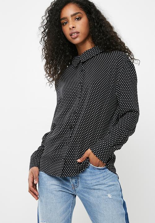 5d8faaed01d9a1 Oversize shirt - white spot dailyfriday Shirts | Superbalist.com