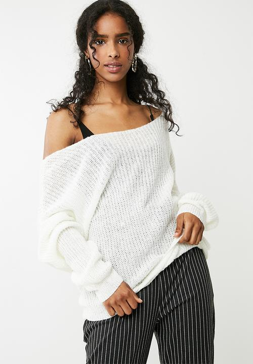 Fluffy yarn twist back oversized knitted jumper - white Missguided ... f19ab0ee0