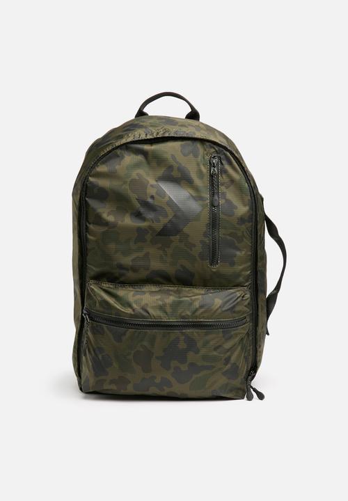 d01a4b1df4f22e 22L Converse backpack camo - green Converse Bags   Wallets ...