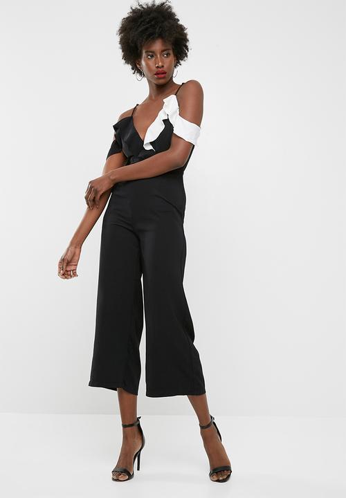 50faf1378a7 Cold shoulder ruffle culotte jumpsuit - black Missguided Jumpsuits ...