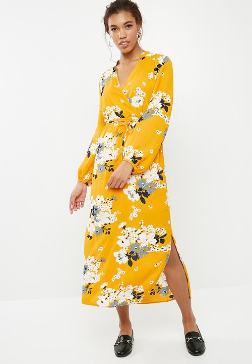 7ce1935dde0 Mie long sleeve maxi dress - vibrant yellow ONLY Casual ...