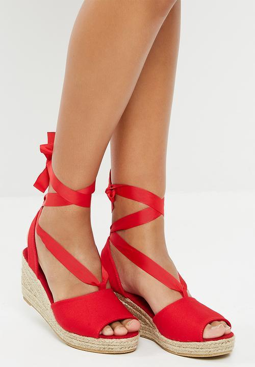 49de4c16026 Sally wedge sandal - cayenne Vero Moda Heels