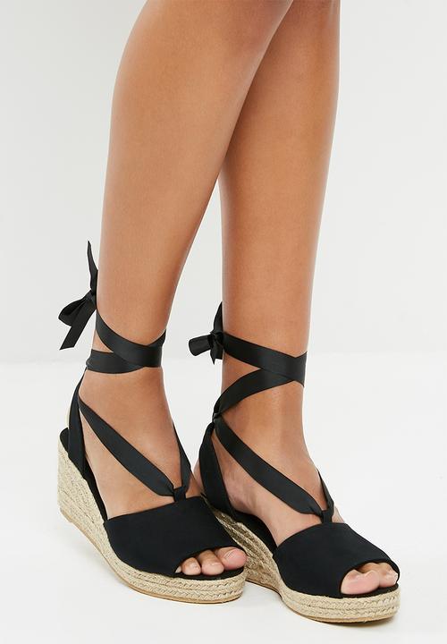 97bfc7530cf Sally wedge sandal - black Vero Moda Heels