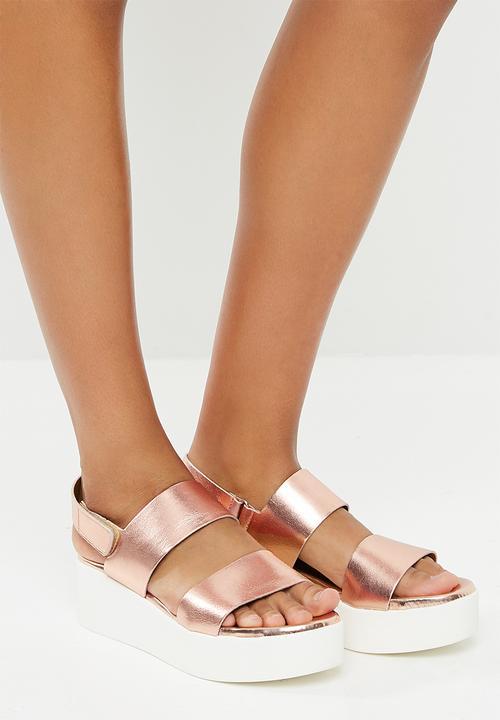 7807716d9d28 Rachel - Rose Gold Steve Madden Sandals   Flip Flops